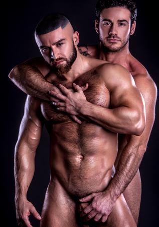 Paar homosexuell bareback Creampie - Kostenlose Gay Pornos